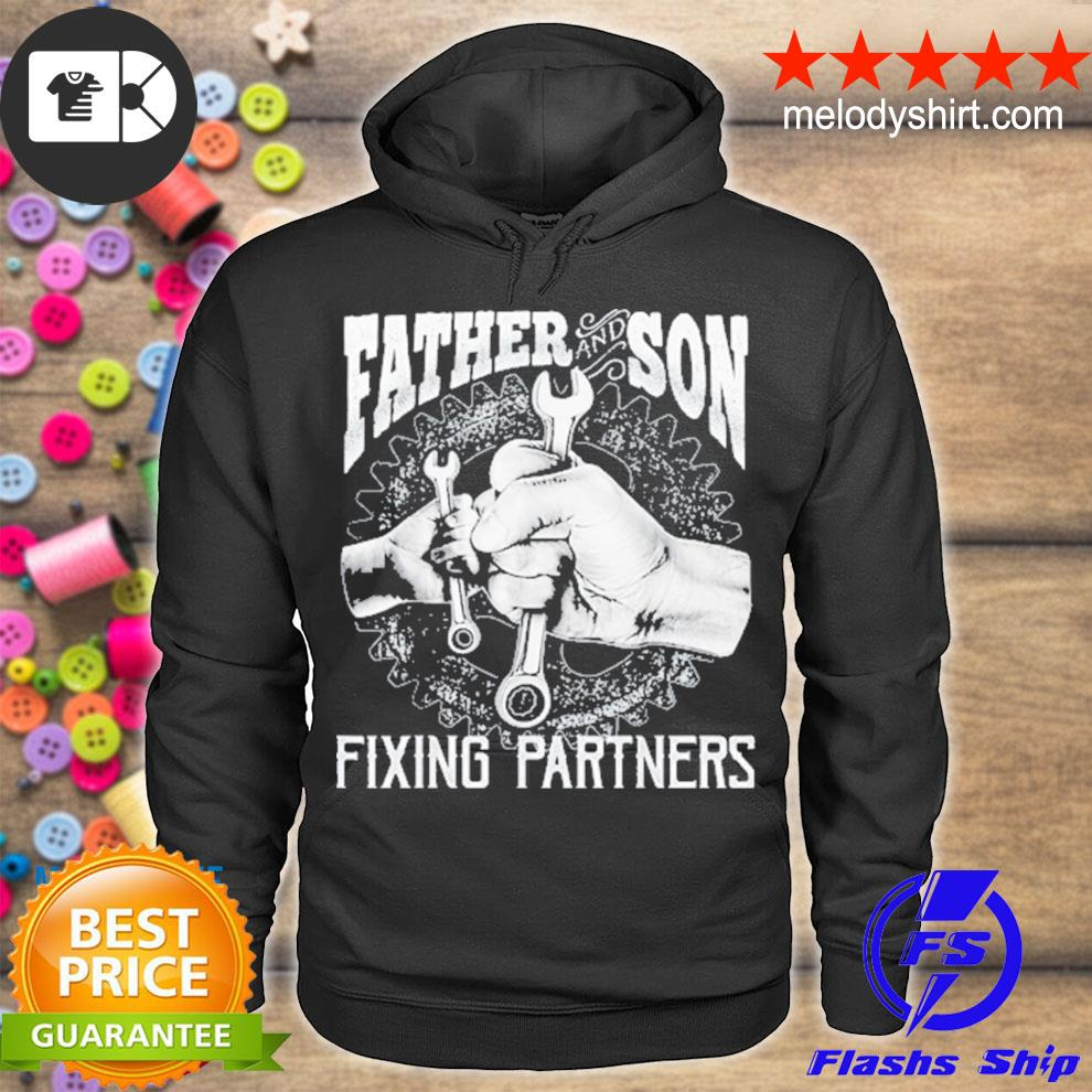 Father and son fixing partners mechanic fathers day us 2021 s hoodie